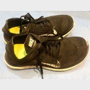 Nike Free Flyknit Black 8.5 Sneaker Running